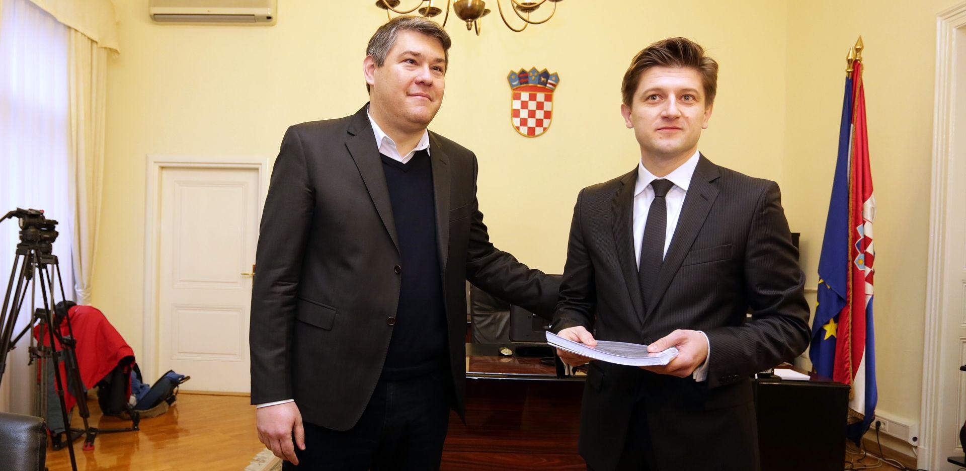 Službene primopredaje u ministarstvima, prvi posao – proračun