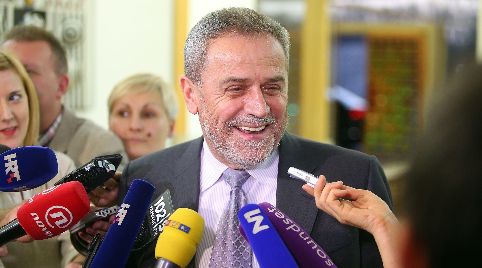 """Bandić: """"Ne pada mi na pamet komentirati detalje o aferi Agram, svoju nevinost ću dokazati na sudu"""""""