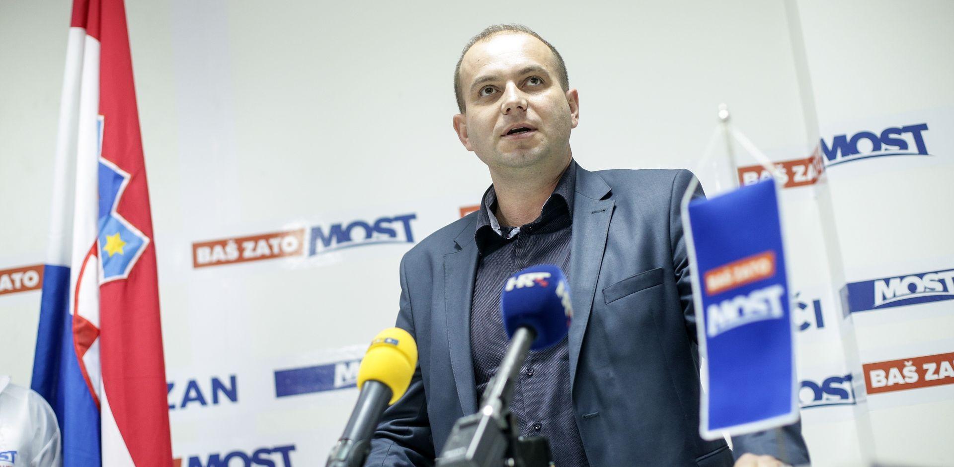 Zastupnik Miroslav Šimić s liste Mosta napustio Građansku opciju grada Osijeka (GOGO)