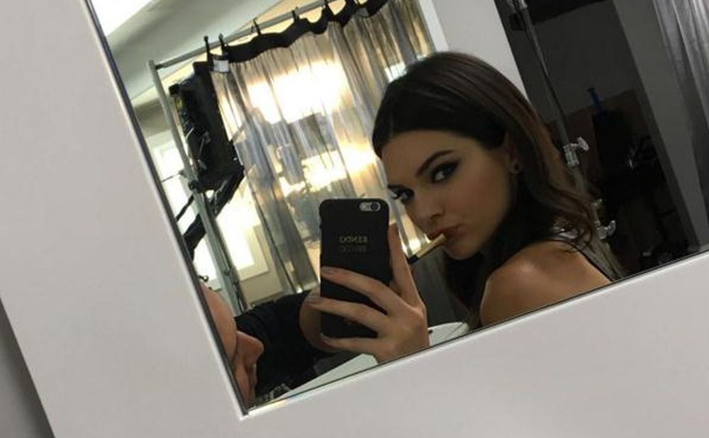 VIDEO: TRIBAL SPIRIT Kendall Jenner postala novo lice Manga