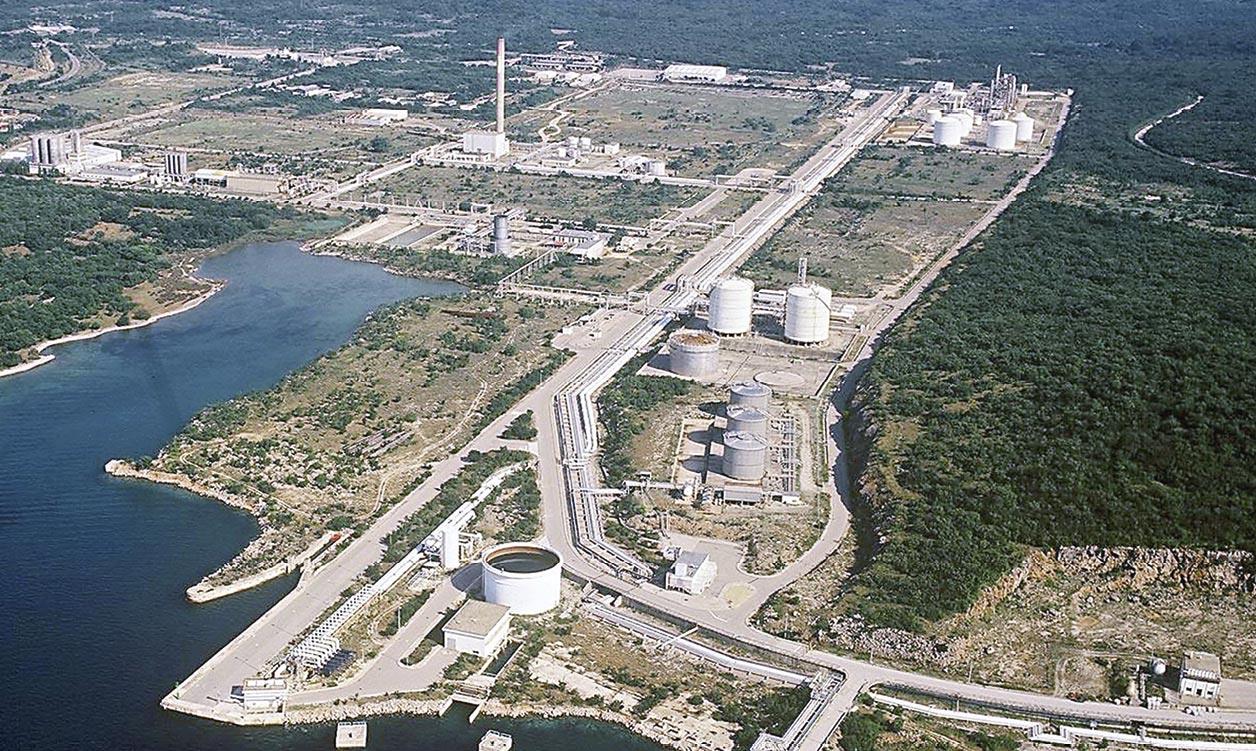 Most traži reviziju LNG projekta i favorizira američko rješenje