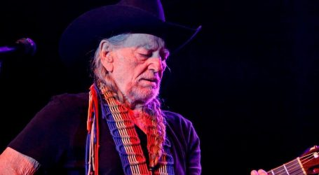 VIDEO: Willie Nelson ima vrlo gusti raspored ovo ljeto