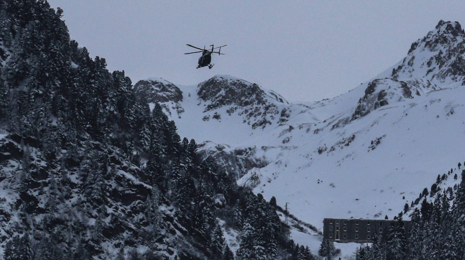 ZAROBLJENI U GONDOLI Skijaši pomoć čekali više od dva sata