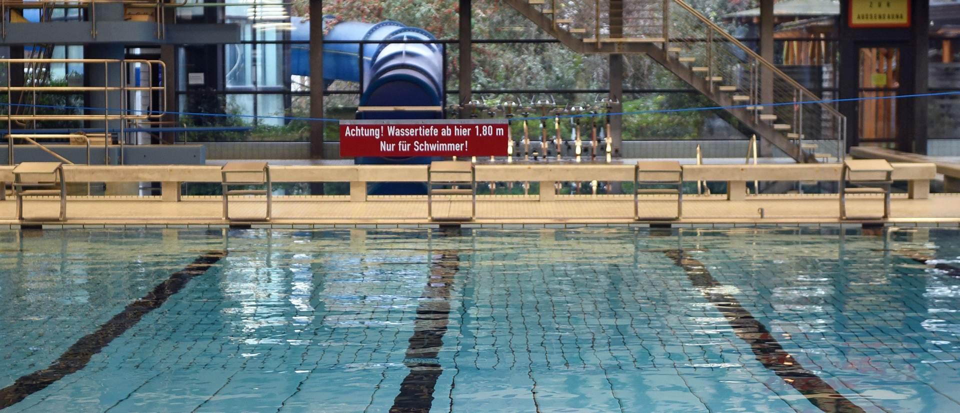 NOVE PRITUŽBE: Njemački grad zabranio azilantima pristup bazenu zbog zlostavljanja žena