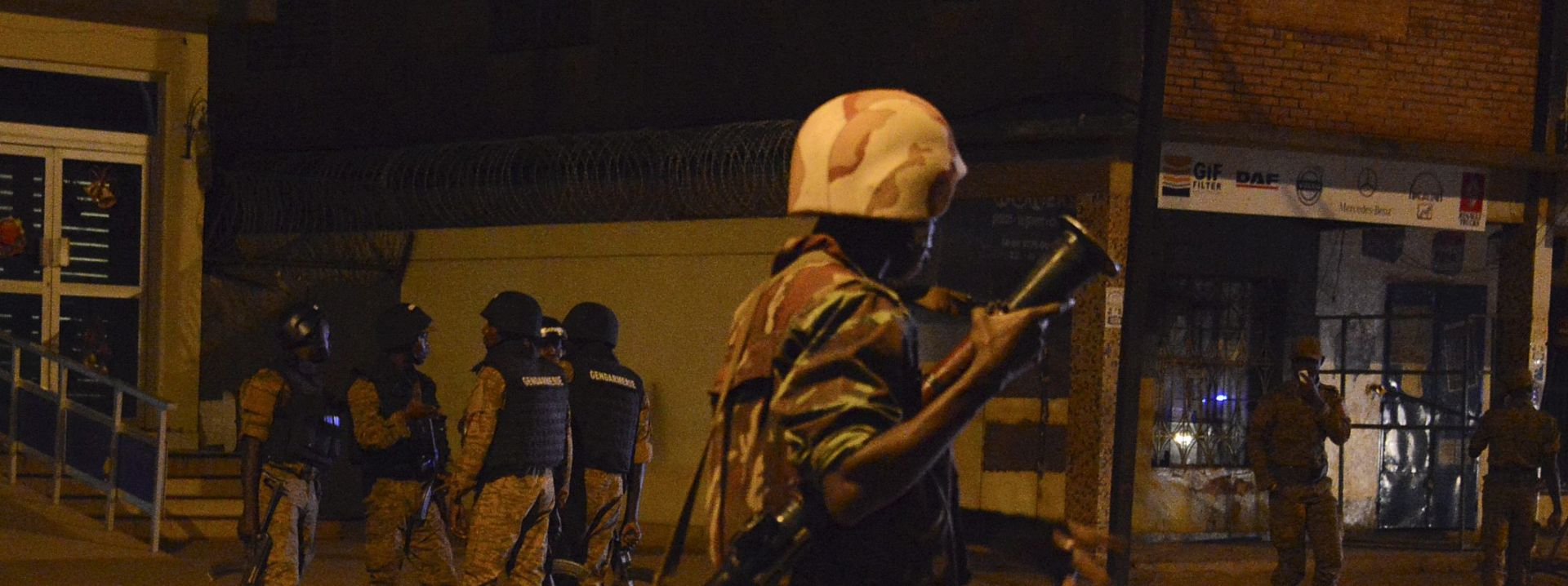 KONGO Militanti odrubili glave 40 policajaca
