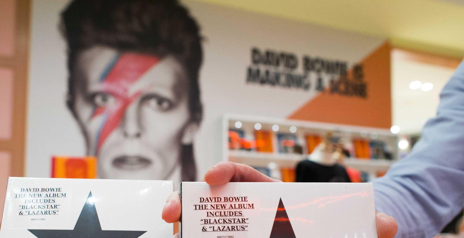 "SJAJNA PRODAJA ""BLACKSTARA"" Novi album Davida Bowieja na vrhu ljestvica, očekuje se i bolja prodaja starih albuma"
