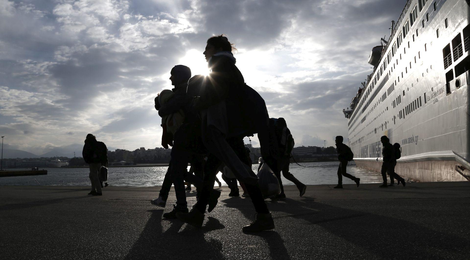 """PREVOZILI """"BOJNU OPREMU"""": Dvojica navodnih džihadista uhićena u Grčkoj, jedan iz BiH"""