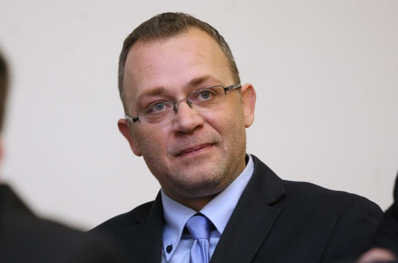 HASANBEGOVIĆ: Ploča HOS-a u Jasenovcu treba ostati, a slične spomen ploče postaviti širom Hrvatske