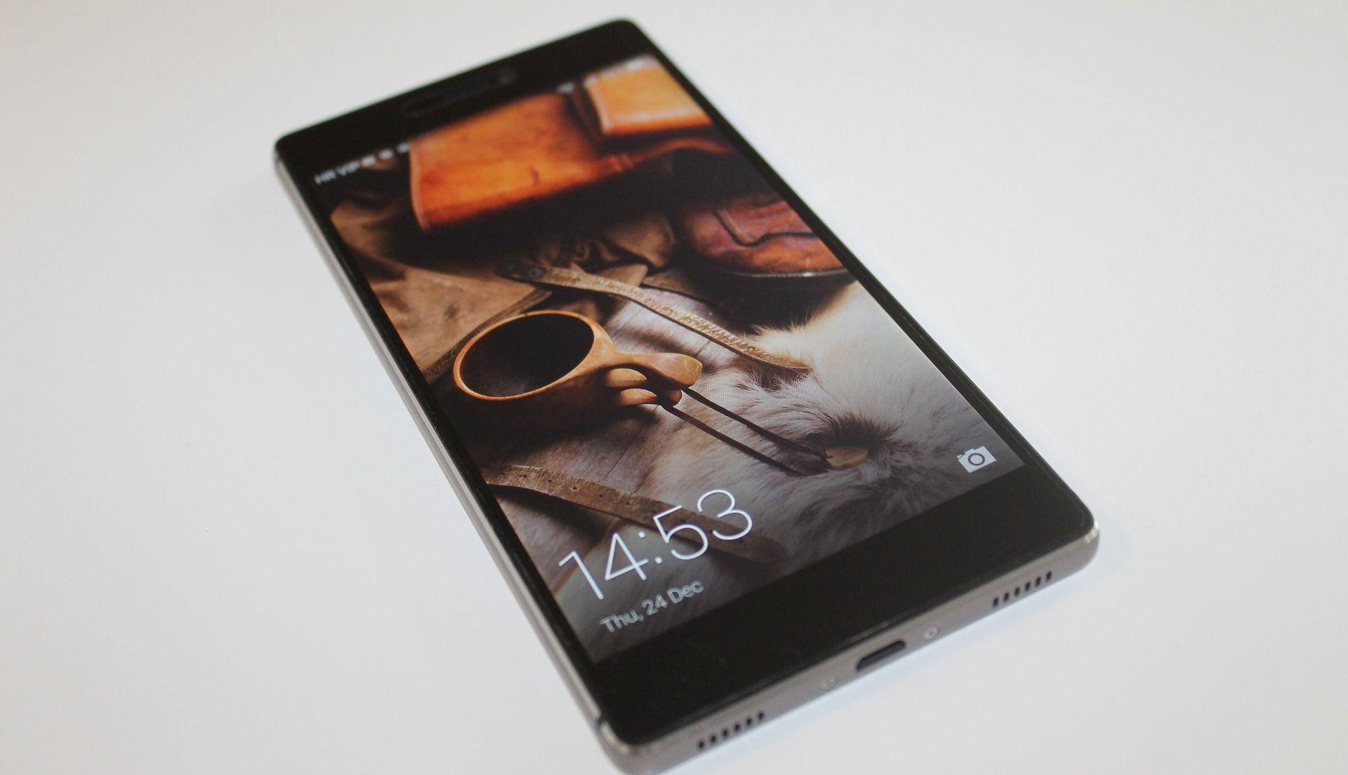Kina preuzima polovicu globalnog tržišta pametnih telefona