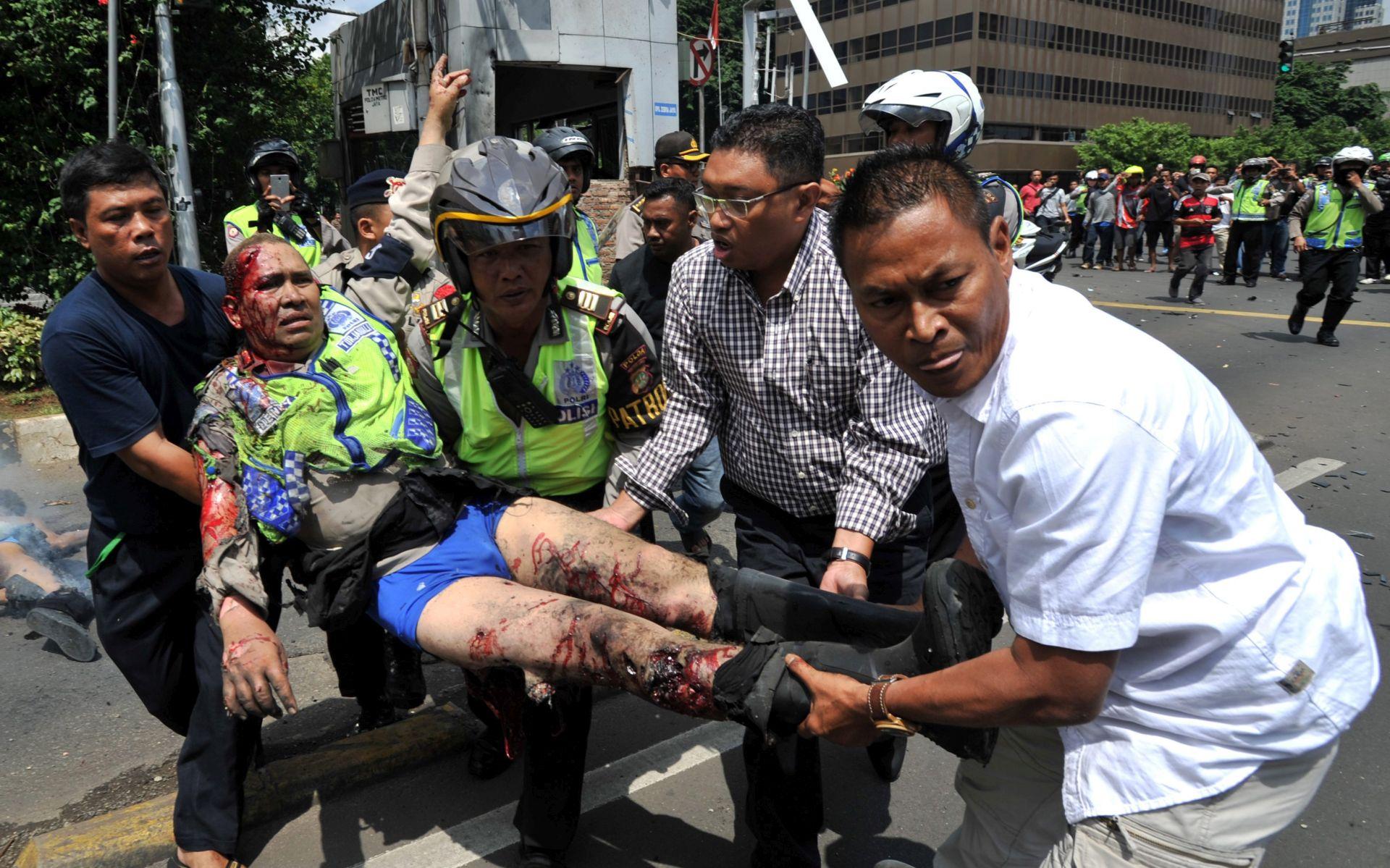 TERORISTIČKI NAPAD: Bombaš samoubojica i naoružani napadači IS-a u Indoneziji