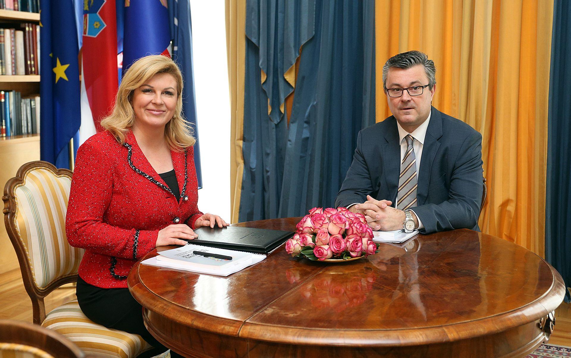 PRVI SLUŽBENI SASTANAK: Predsjednica i novi premijer u utorak u Uredu predsjednice