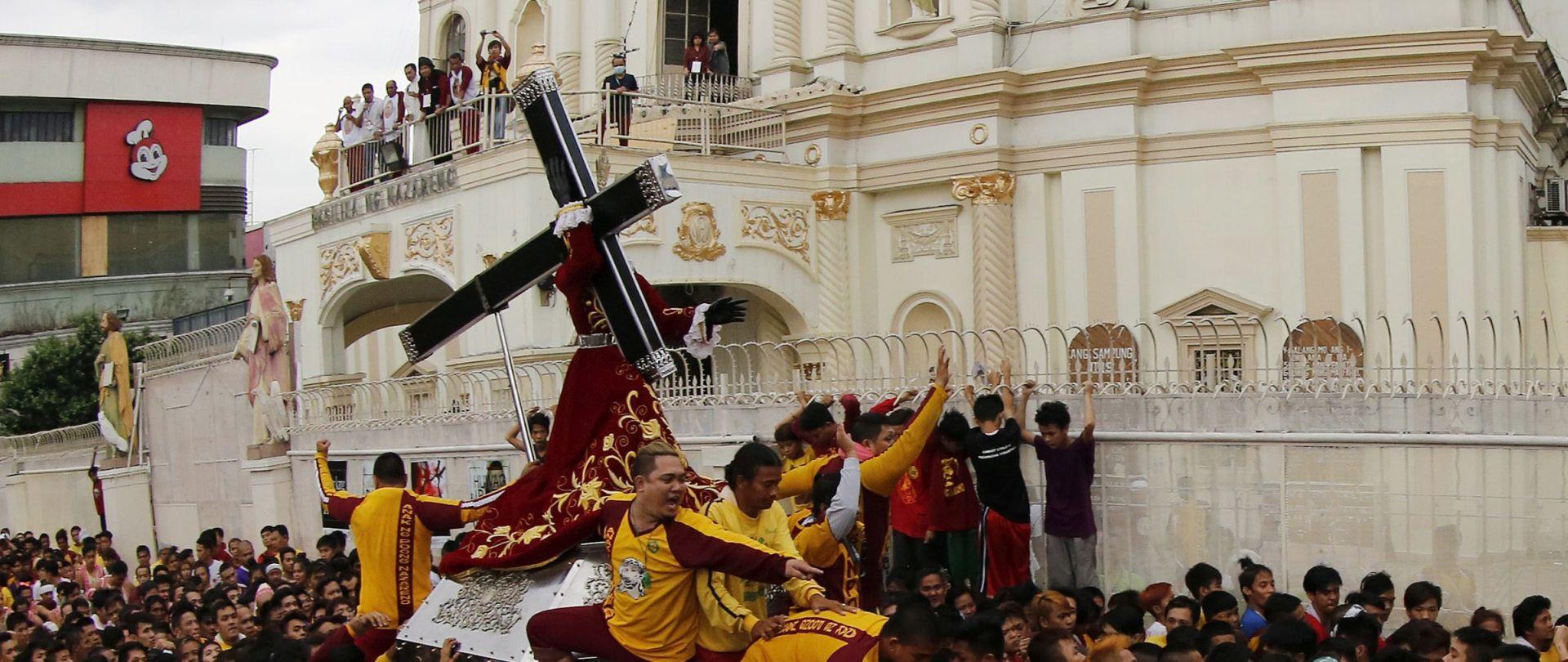 Filipini: u vjerskoj procesiji u čast Crnog Isusa više od milijun ljudi