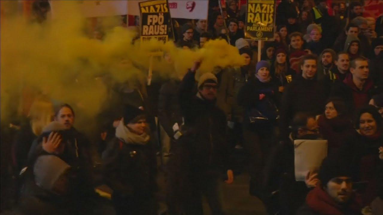VIDEO: Prosvjed u Beču zbog svečanog bala desničarskih stranki