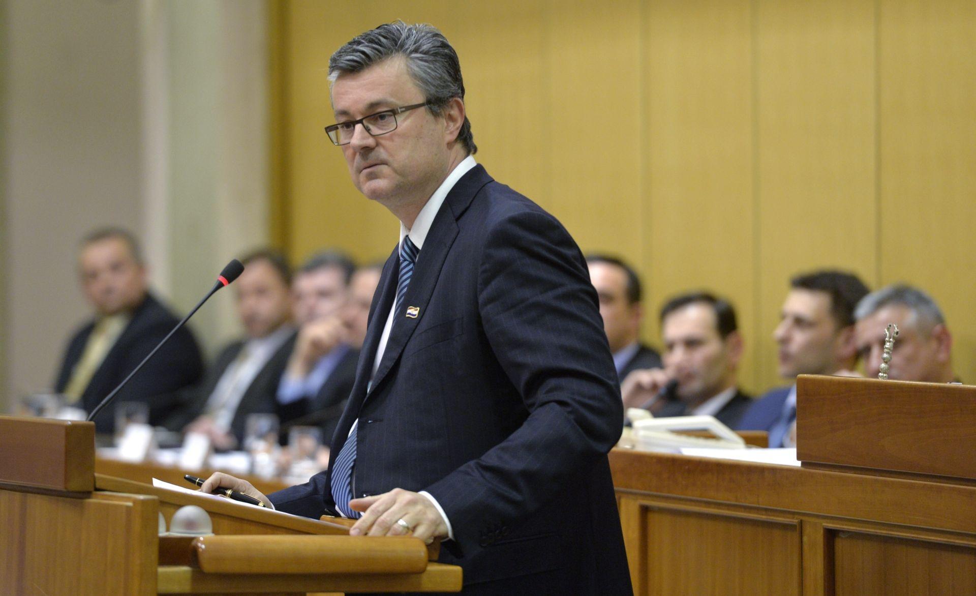 Smjena premijera Oreškovića već danas na dnevnom redu Sabora?