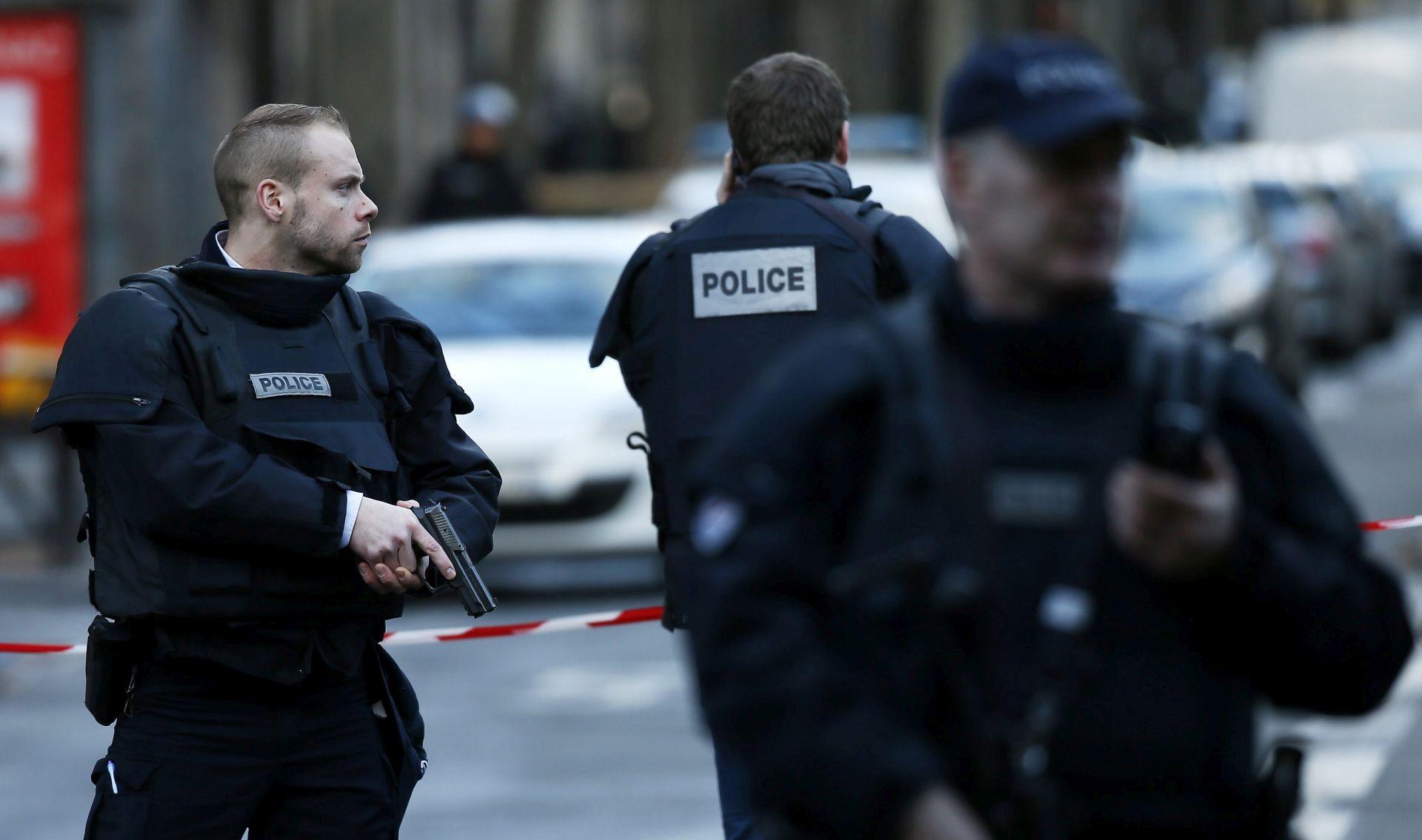 Na vlaku u Francuskoj uhićeno dvoje osumnjičenih za terorističke veze