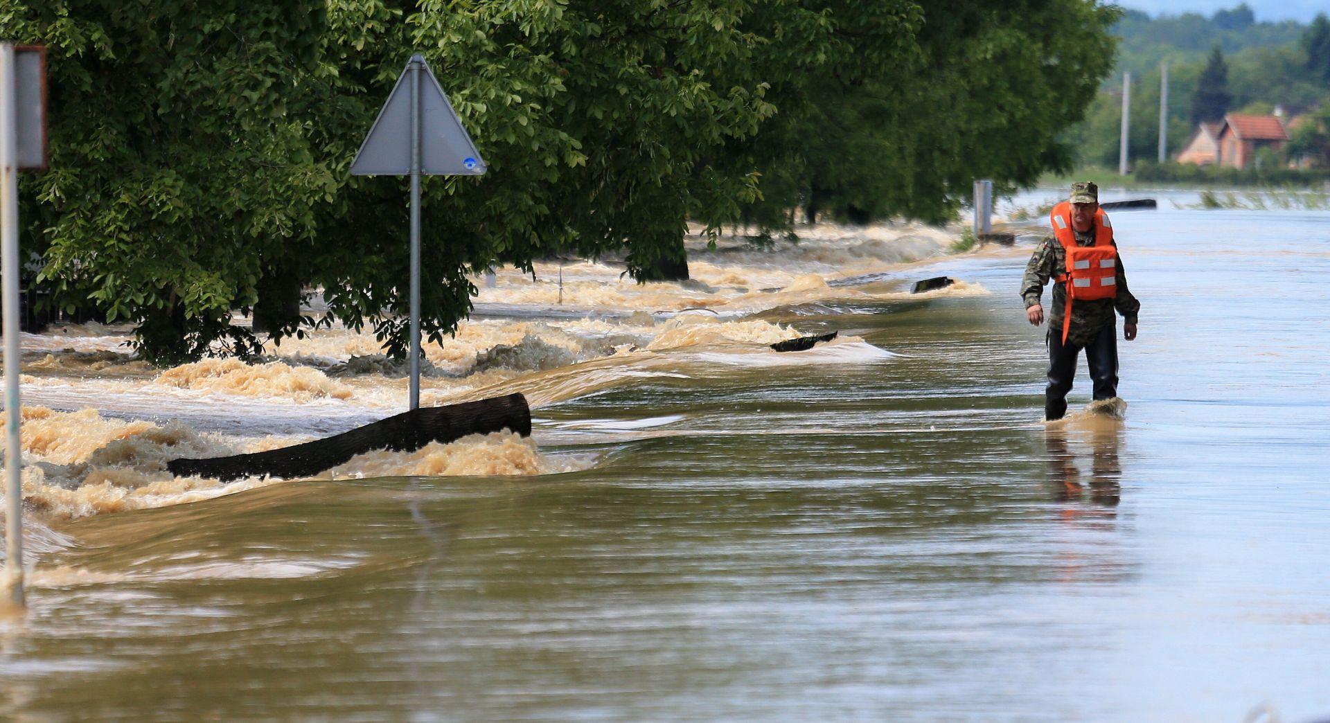 VIDEO: Poplavom zahvaćeno 40 tisuća domova u Louisiani, stanje se polako normalizira