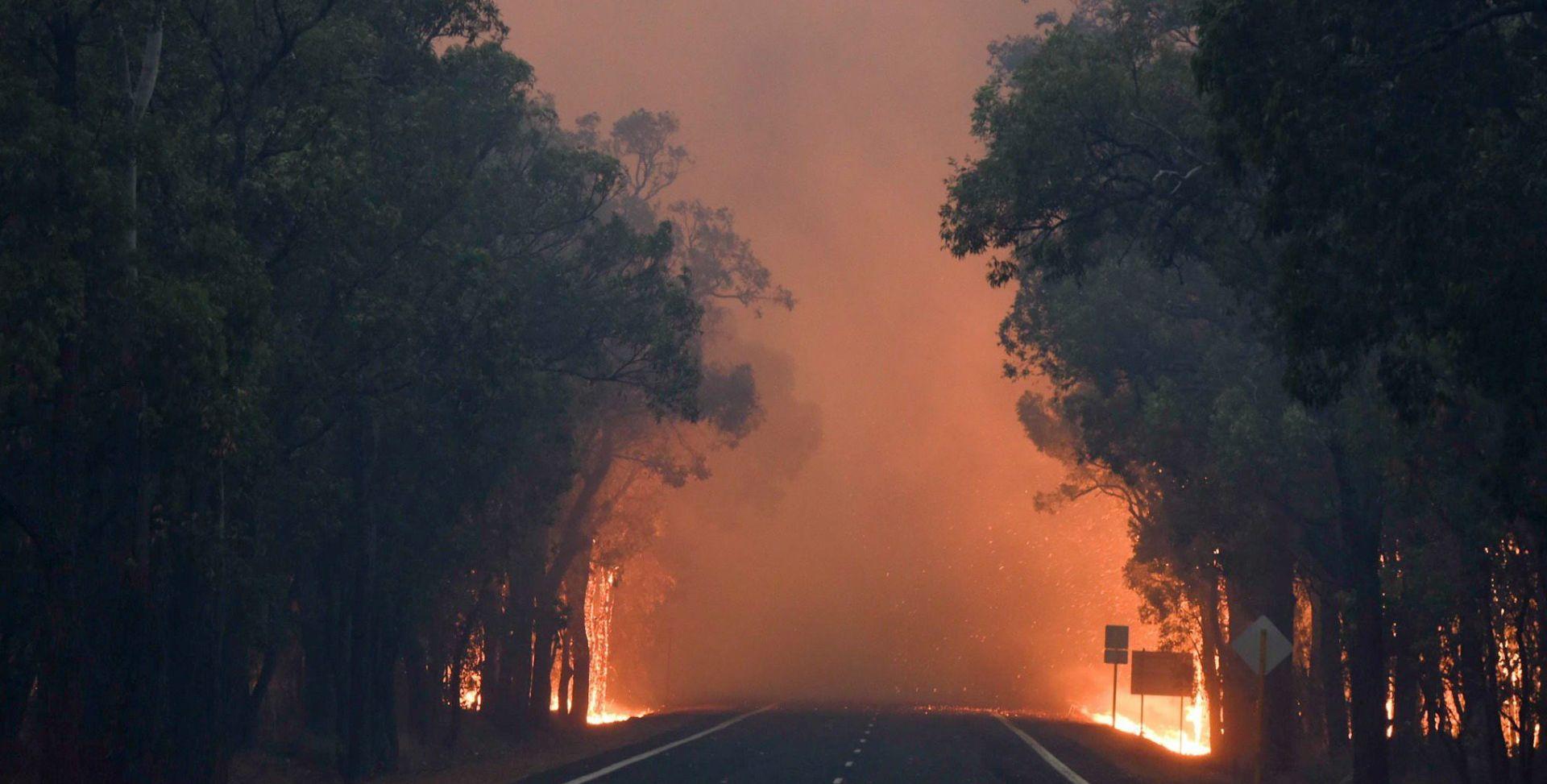 IZGORJELO VIŠE OD 100 KUĆA: U velikom požaru dvoje mrtvih u Zapadnoj Australiji