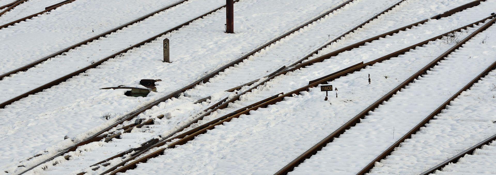 HŽ: Zbog snijega otežan željeznički promet