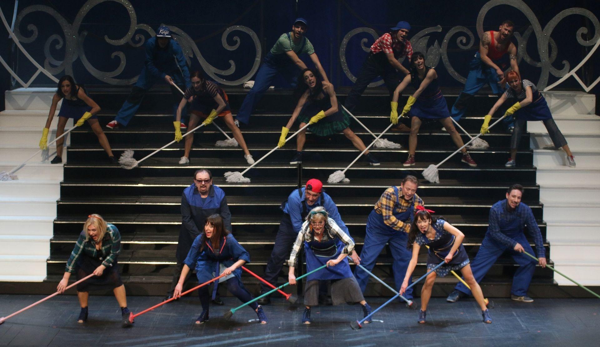 FOTO: PREMIJERA U HNK RIJEKA Dipinto di blue – glazbena komedija obojena plavim