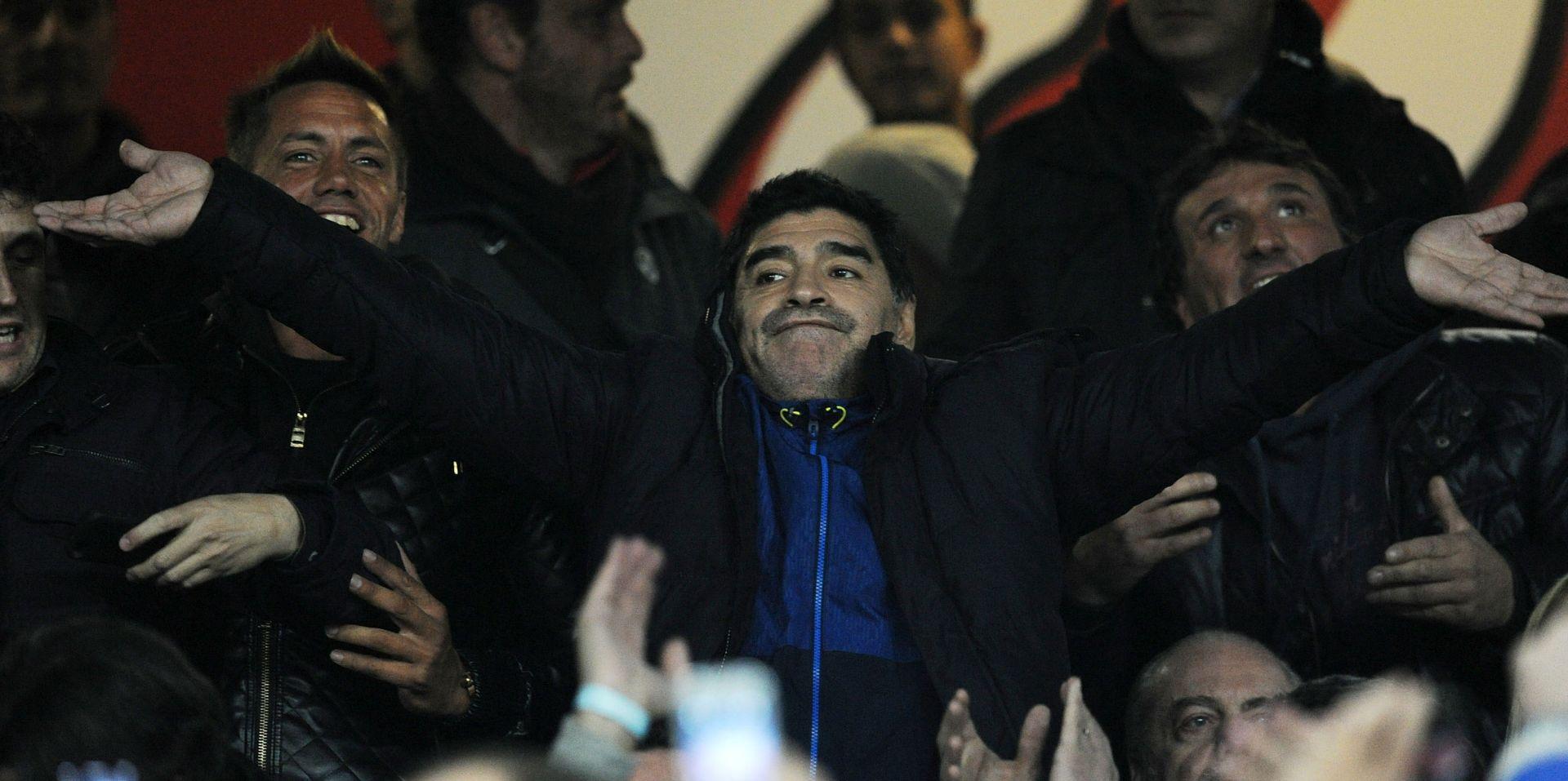 """MARADONA """"Mogla bi ovo biti Napolijeva godina. Problem je Juventus. Oni nikad ne gube!"""""""