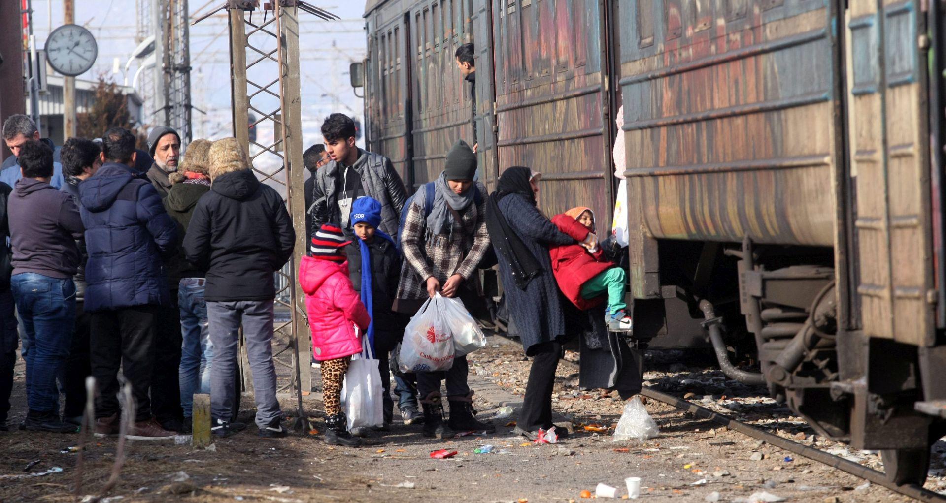 Njemačka vlada ne želi ni čuti za korištenje oružja protiv migranata
