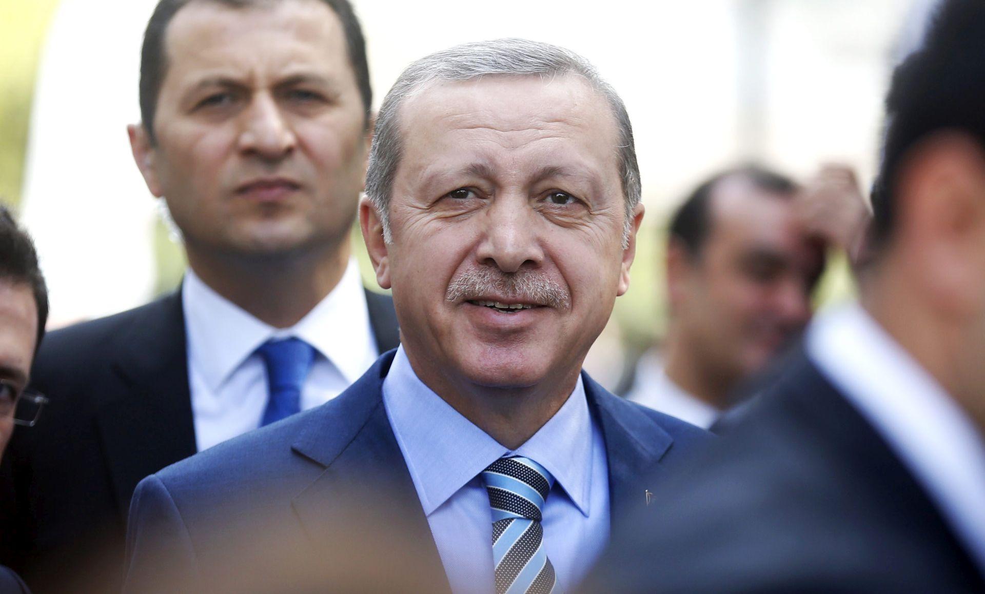 GRČKI IZVORI TVRDE Erdogan zaprijetio da će Europu preplaviti migrantima