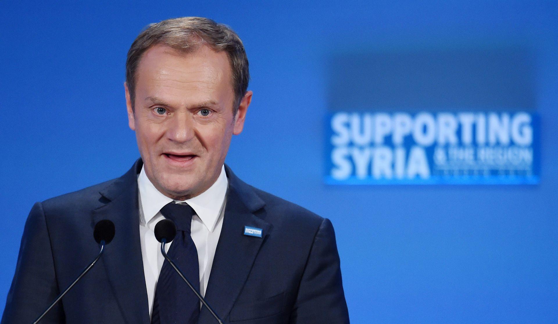TUSK PORUČIO Rusija samo pogoršava ionako lošu situaciju u Siriji