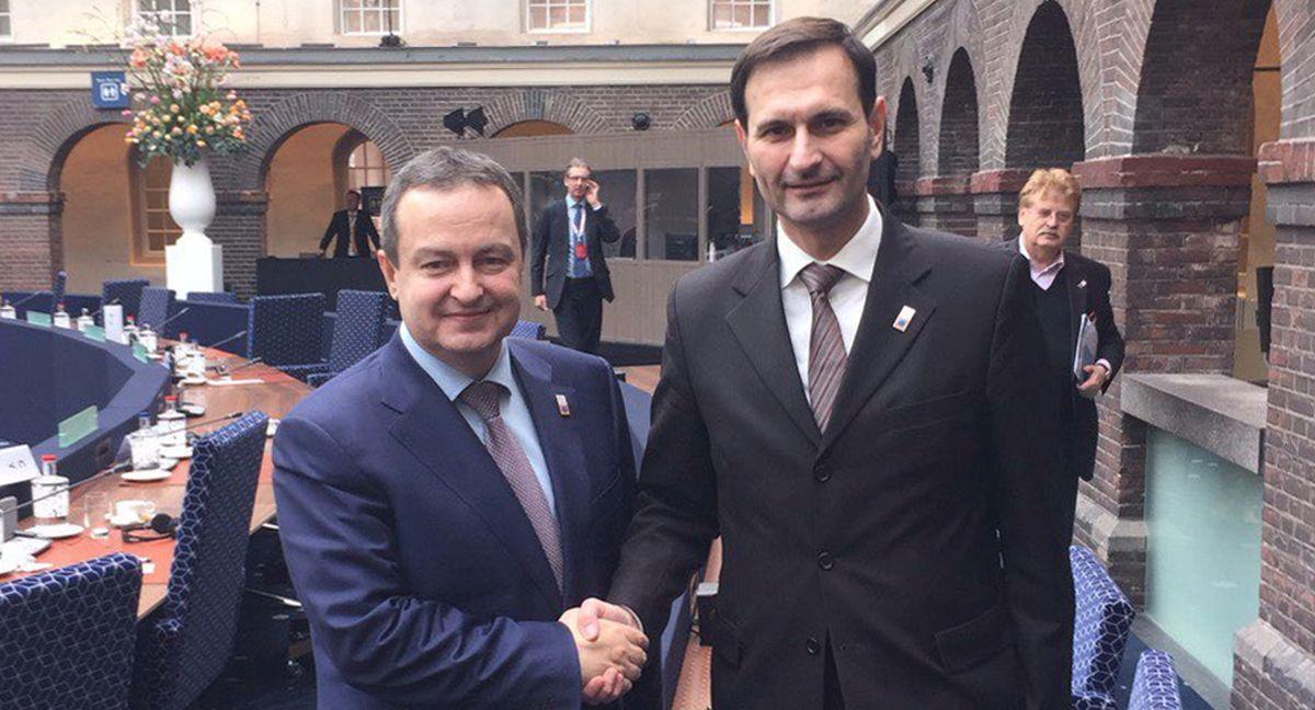 Ministar Kovač u Amsterdamu razgovorao s Dačićem