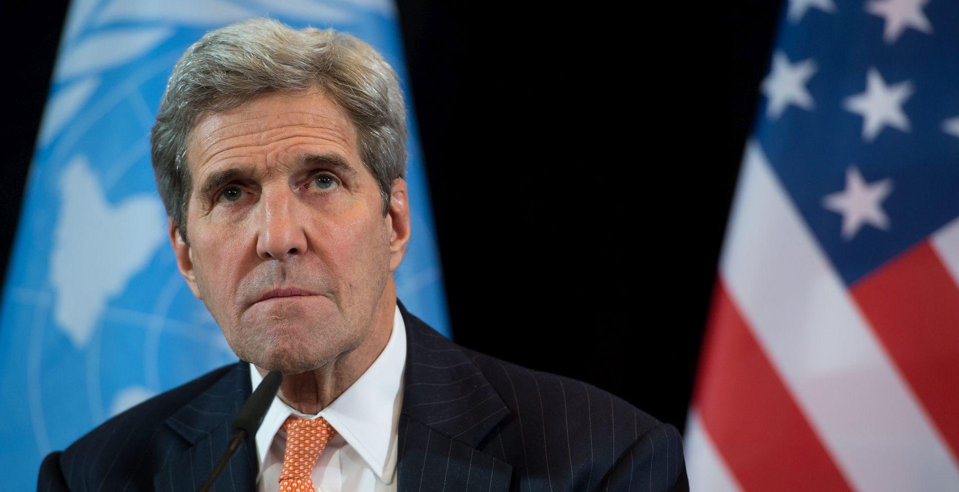 Abas Kerryju rekao da Palestinci traže pregovore s Izraelom pout onih između svjetskih sila i Irana