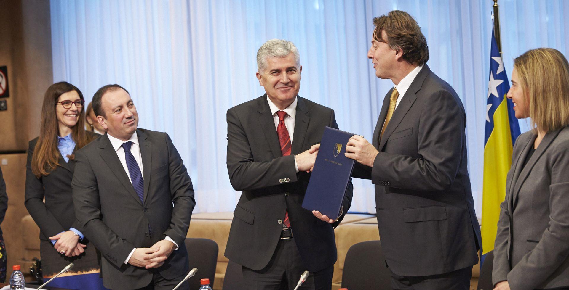 Čović očekuje pozitivno mišljenje EK-a za nekoliko mjeseci a kandidatski status sljedeće godine