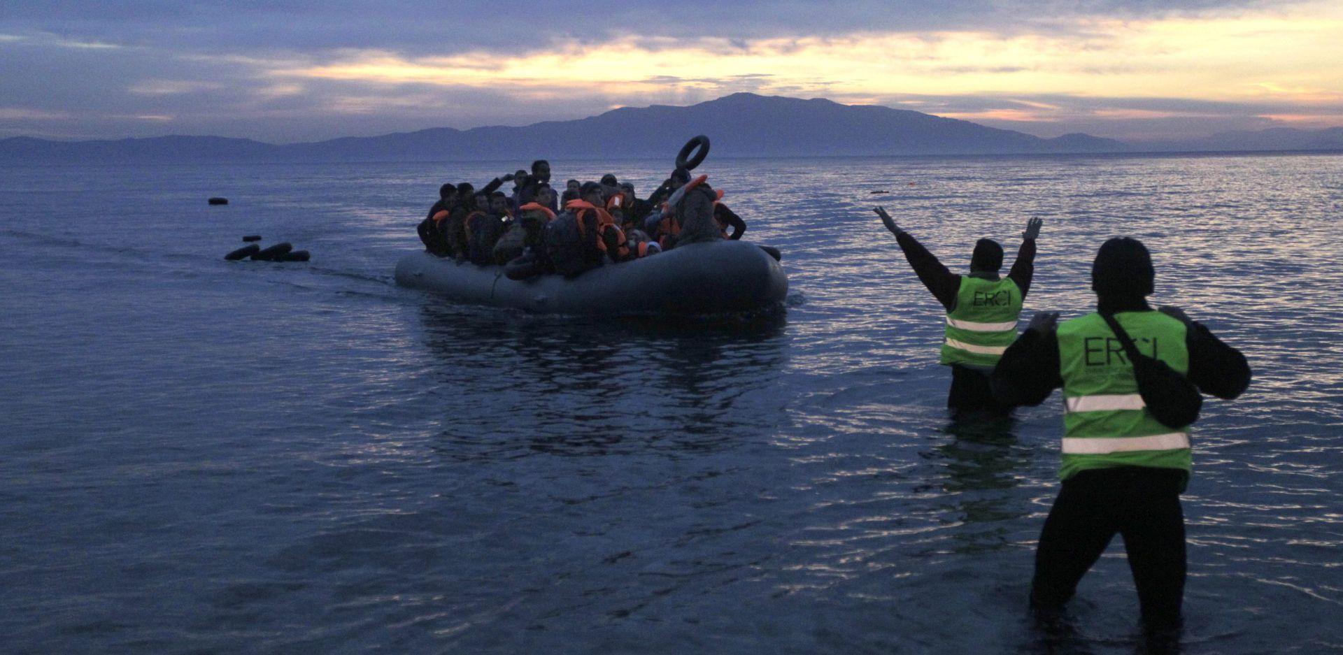 FRONTEX Kod Lezbosa spašeno 900 migranata