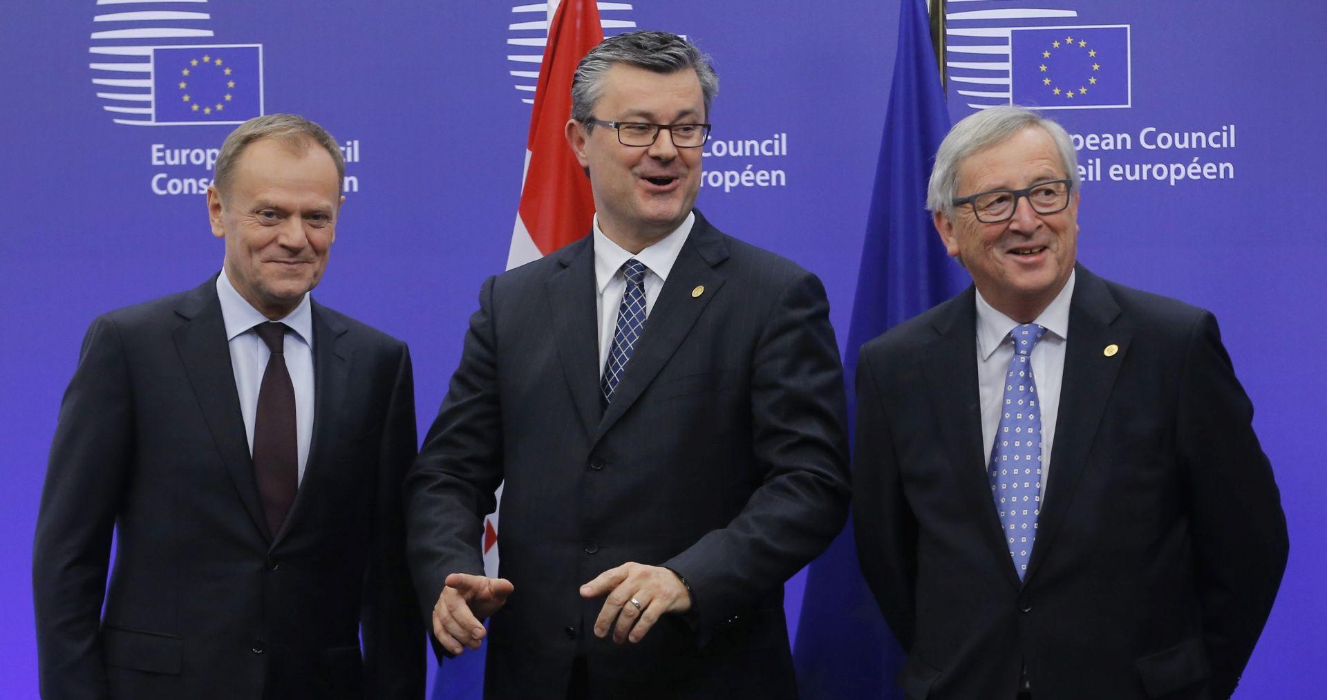 """OREŠKOVIĆ """"Hrvatska će štititi svoje nacionalne interese u izbjegličkoj krizi"""""""