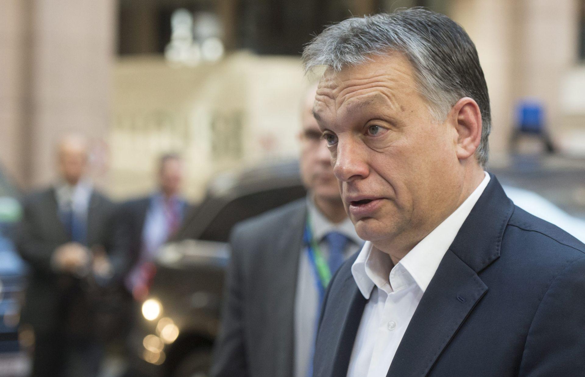 Orban odlučan blokirati obvezne kvote za migrante
