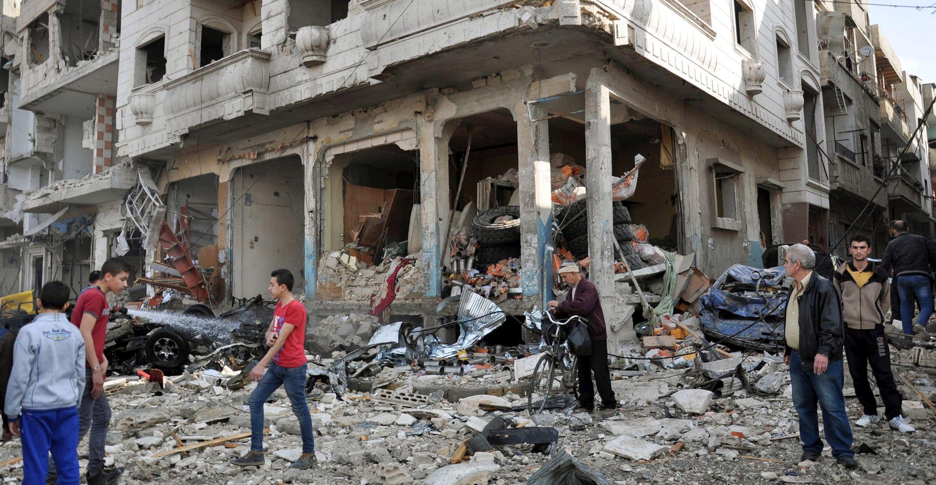 ISLAMSKA DRŽAVA PREUZELA ODGOVORNOST U napadima u Damasku i Homsu najmanje 140 mrtvih, na stotine ranjeno