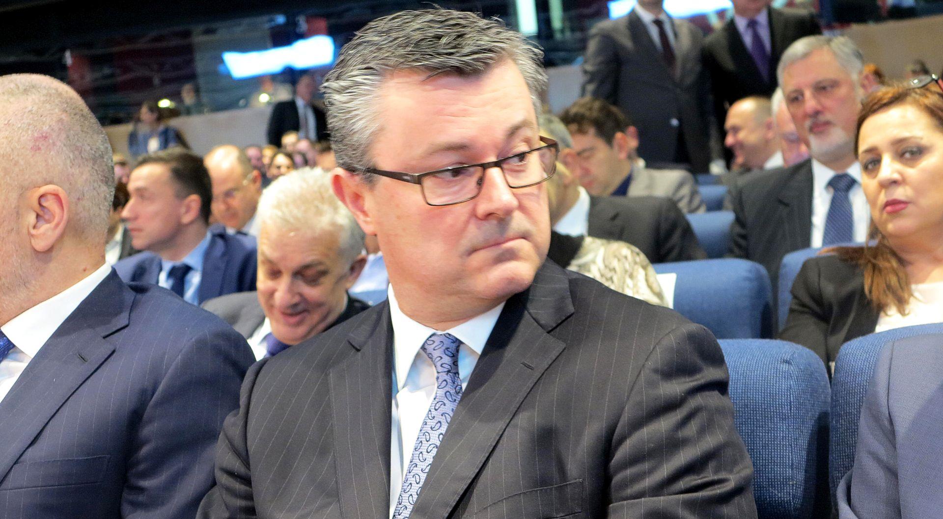 Orešković zadovoljan sudjelovanjem na investicijskom summitu EBRD-a u Londonu