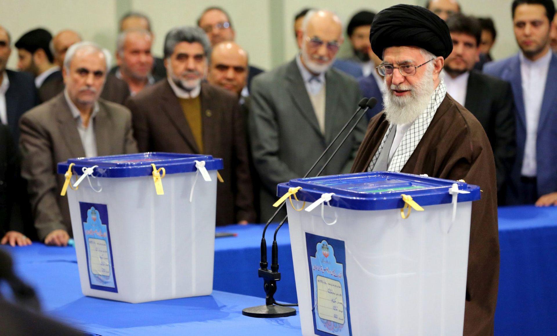 Iran otvorio birališta za parlamentarne izbore