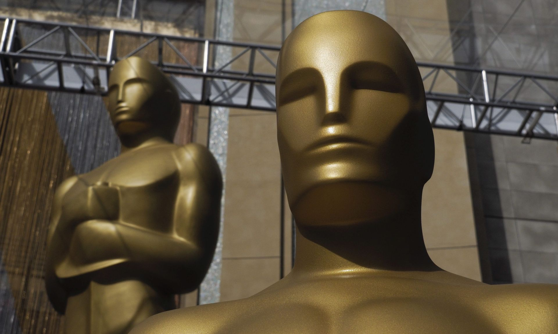 NOĆAS DODJELA OSCARA Leonardo di Caprio i 'Povratnik' veliki favoriti