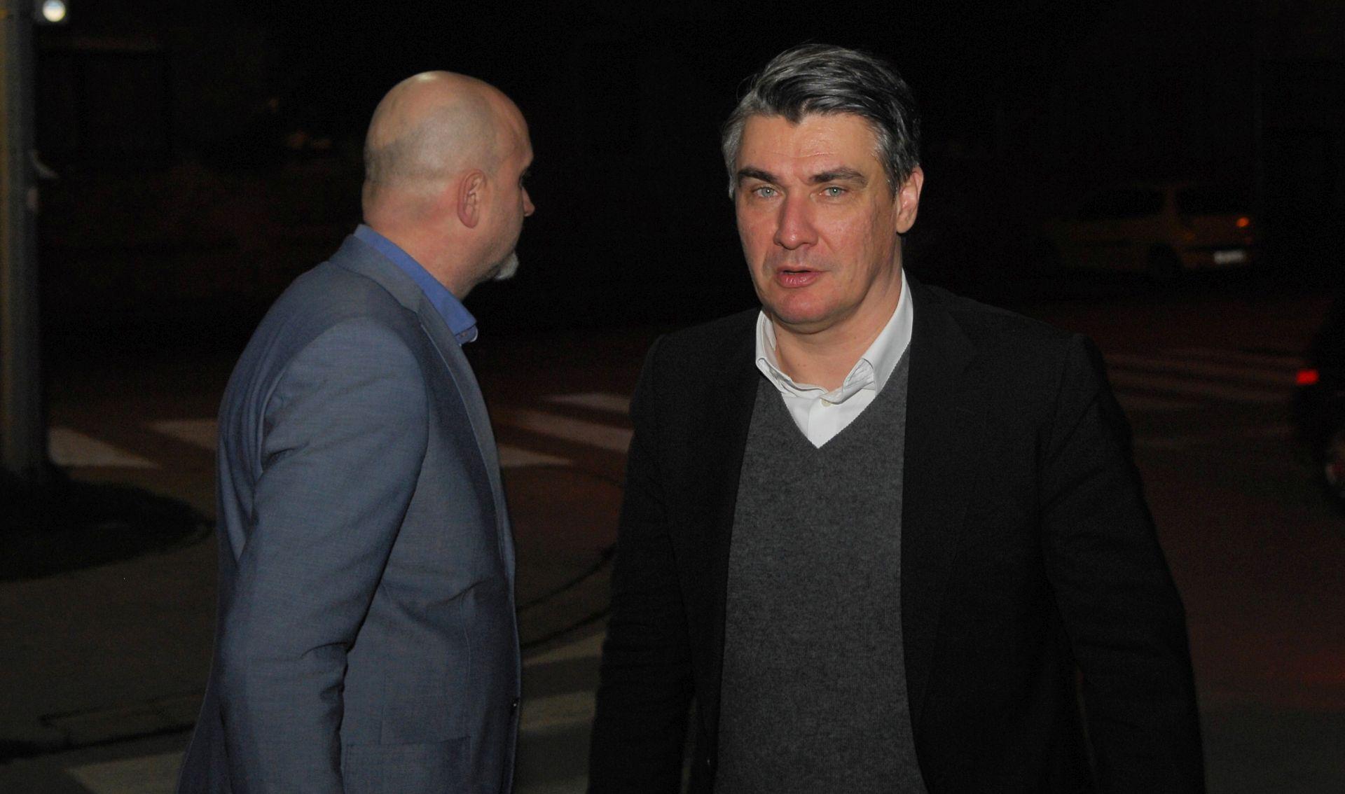SASTANAK S ČLANSTVOM: Milanović u Karlovcu na zatvorenom stranačkom skupu