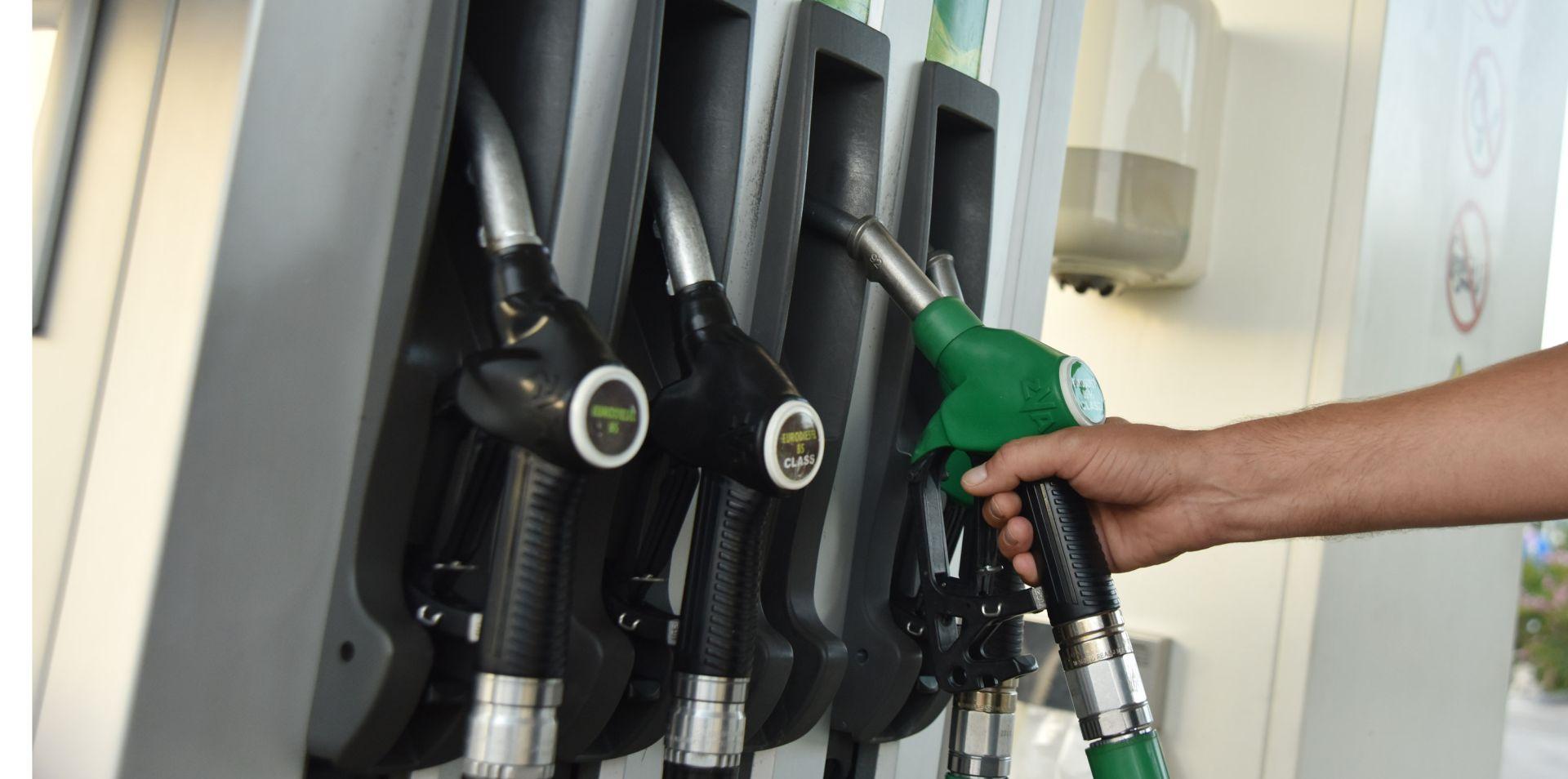PORAST CIJENA NAFTE NA SVJETSKIM TRŽIŠTIMA Dogovor proizvođača podupro cijene nafte