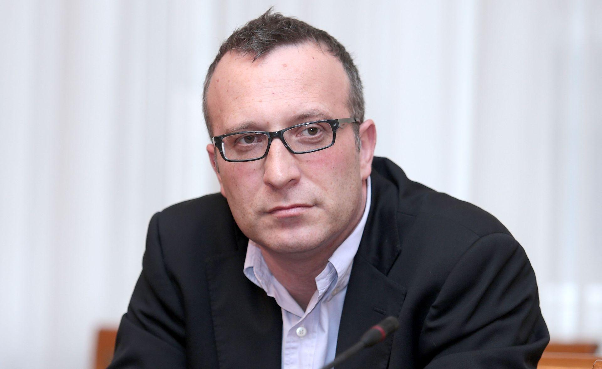 ODBOR ZA ZDRAVSTVO I SOCIJALNU POLITIKU Pristupajući EU-u Hrvatska uskladila 755 zakona