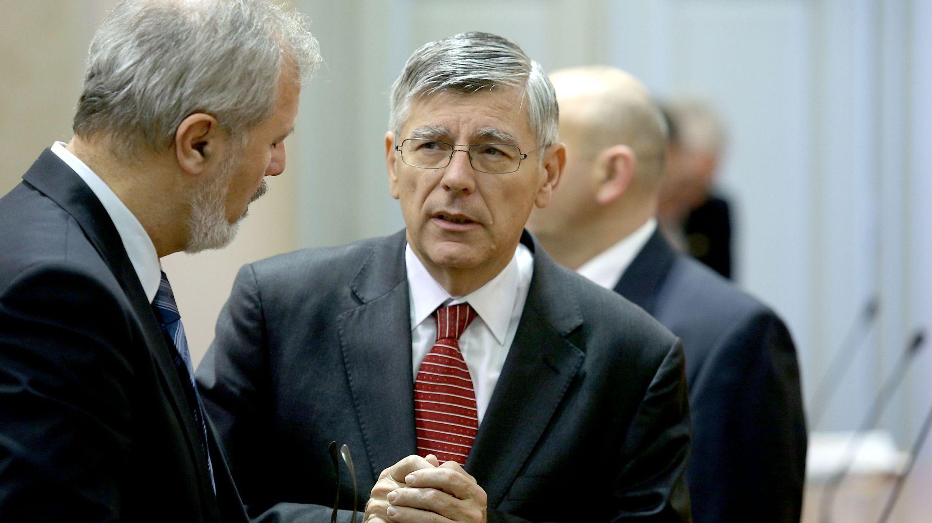 Reiner: Odbor za unutarnju politiku može raditi i bez predsjednika; Most: Odvagnut ćemo situaciju