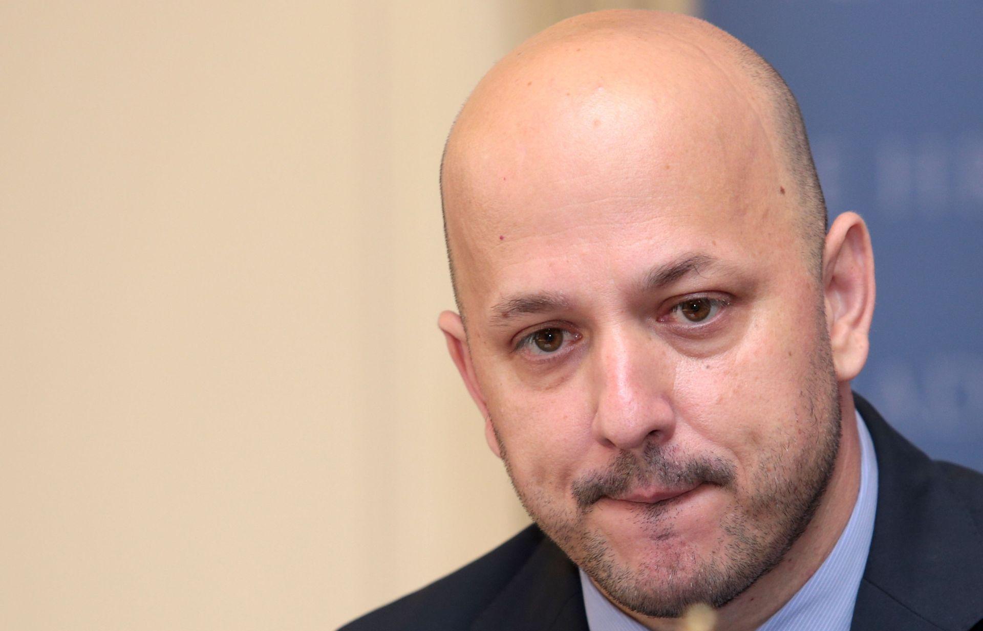 """MARAS PORUČIO OREŠKOVIĆU """"Priznajte istinu da ste slučajno postali premijer, da je pravi premijer Karamarko"""""""