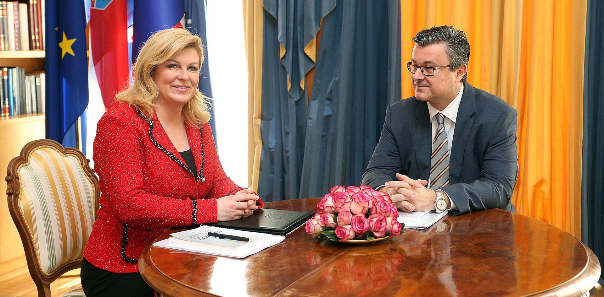 """SIGURNOSNI STRUČNJACI O 'SLUČAJU LOZANČIĆ' Cvrtila: """"Predsjednica je izvršila veliki pritisak na premijera, ospori li njenu odluku doći će do krize"""""""