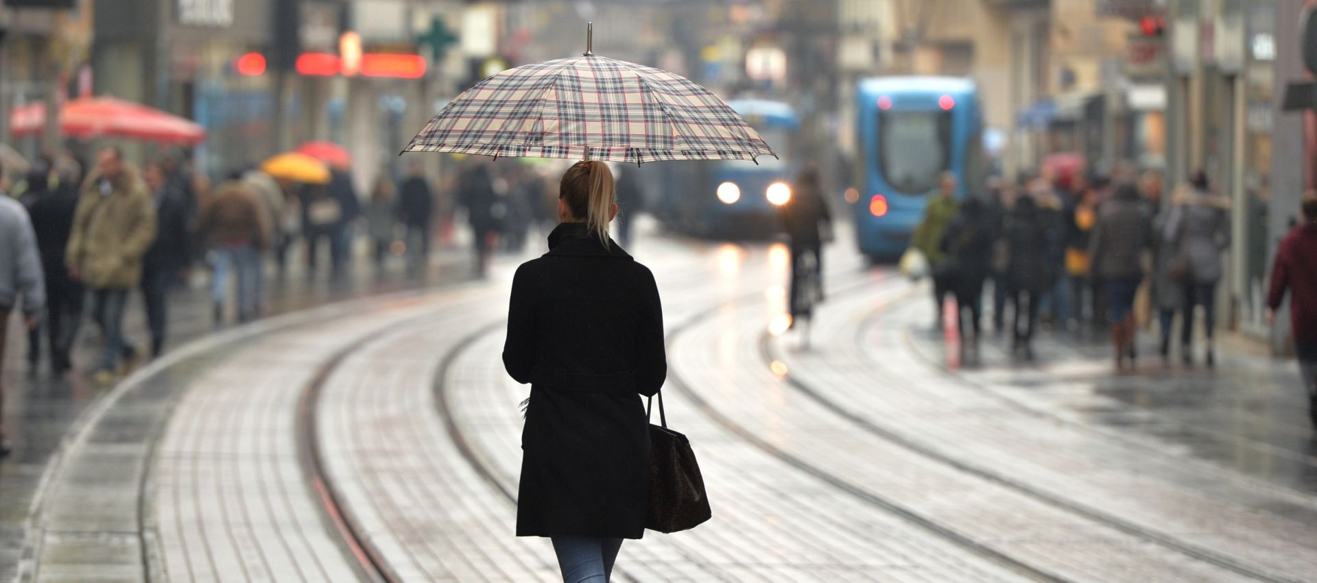 Oblačno i kišovito; na Jadranu lokalni pljuskovi s grmljavinom