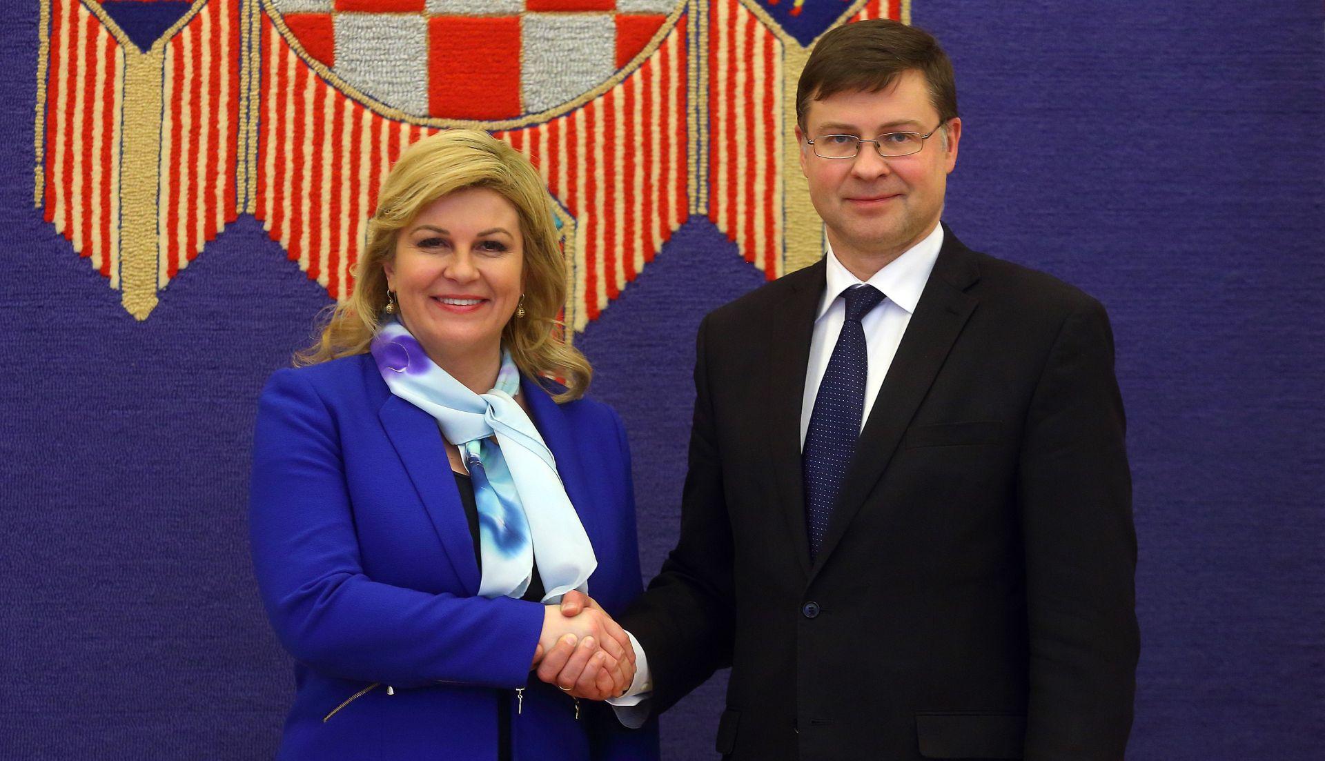 Grabar-Kitarović i Dombrovskis istaknuli važnost reforma u Hrvatskoj