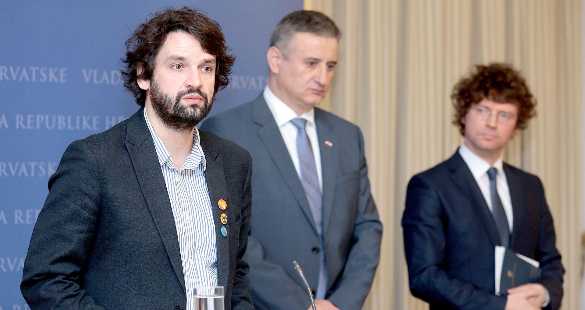 Karamarko, Šustar i Jokić: Kurikularna reforma treba biti odmaknuta od politikanstva