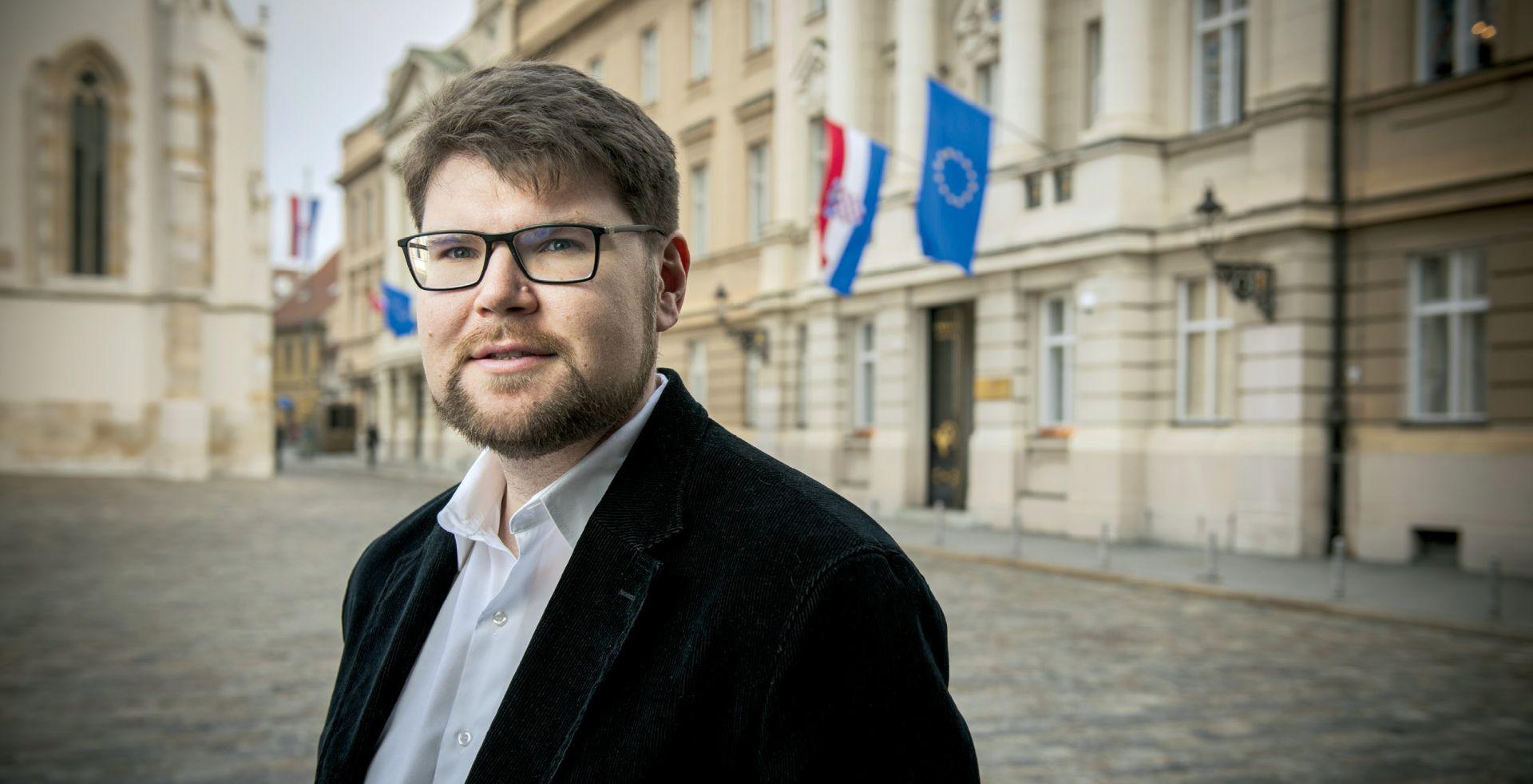 INTERVIEW: PEĐA GRBIN 'Slučaj Crnoja pokazao je da Orešković nema pojma o politici'