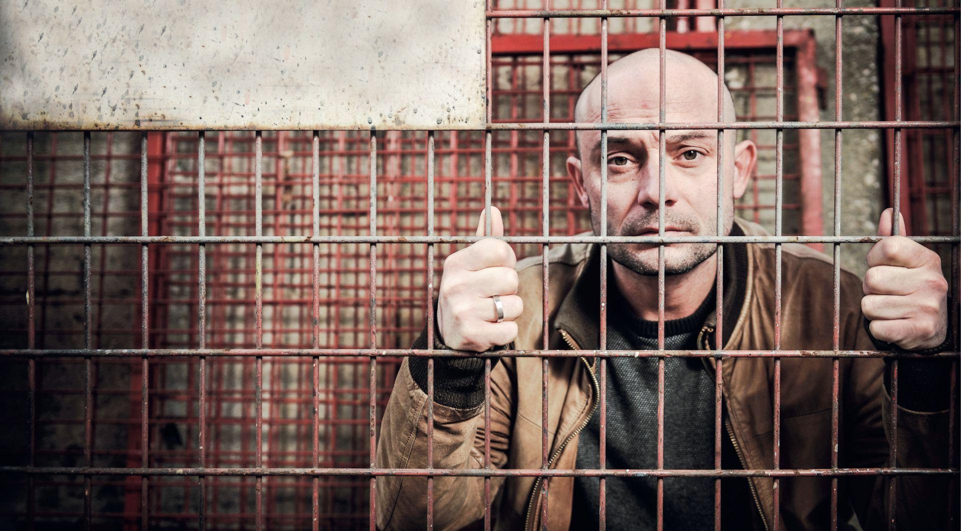INTERVIEW: DEAN KRIVAČIĆ 'Ministar kulture Hasanbegović je ustaša! Zašto se toga srami?'