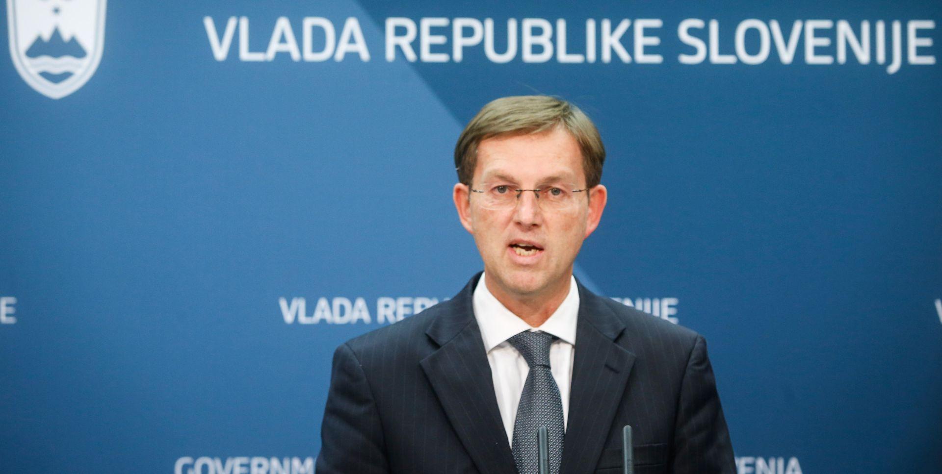 Slovenski premijer brani se od optužbi za nepotizam