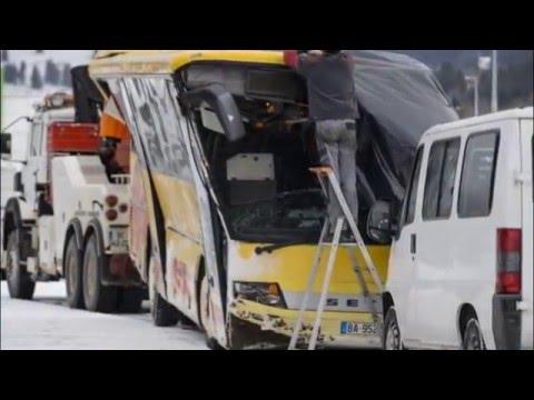 VIDEO: Vozač školskog autobusa izgubio kontrolu nad vozilom – dvoje djece poginulo